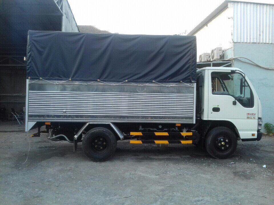 bên hông xe tải ISUZU QKR QKR55F MB Mui bạt