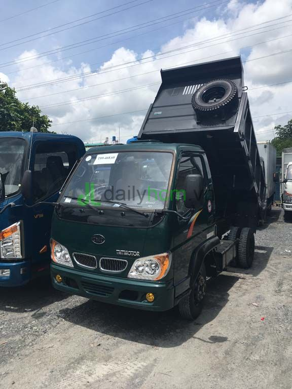DailySG.vn Xe ben Hyundai TMT 2,4 tấn thể tích thùng 2,3 khối