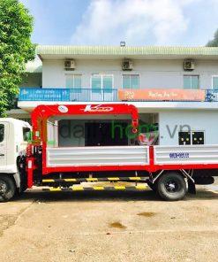 DailySG.vn xe tải Hino FC FC9JLSW Gắn cẩu UNIC 340 3 tấn