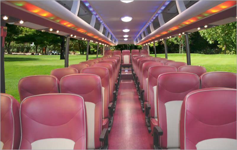 Nội thất xe khách Tracomeco K47 47 ghế ngồi