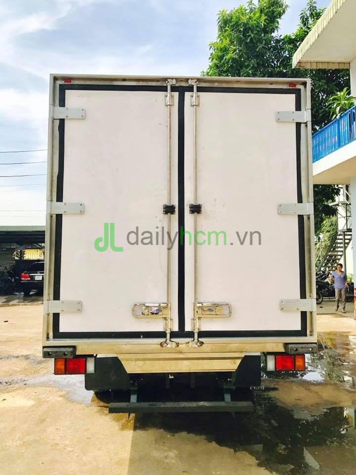DailySG.vn Thùng Xe tải ISUZU NQR 5,5 tấn thùng 5,8 mét đông lạnh