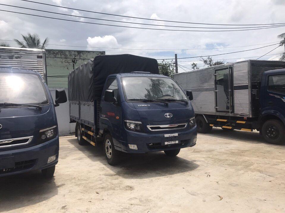 DailySg.vn Xe tải Daehan Tera 190 Teraco 1,9 tấn thùng kín màu xanh