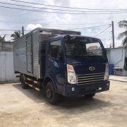 DailySG.vn Xe tải Daehan Teraco Tera 230 2,4 tấn vào thành phố động cơ Hyundai thùng kín