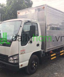 Tổng thể xe tải Isuzu thùng kín Inox 2,3 tấn
