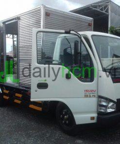 Cửa xe tải Isuzu thùng kín Inox 2,3 tấn