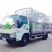 Tổng thể Xe tải ISUZU thùng bửng nâng inox 304 chở gia súc
