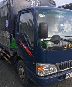 DailySG.vn xe tải Jac HFC 1030K4 MB mui bạt, động cơ Isuzu