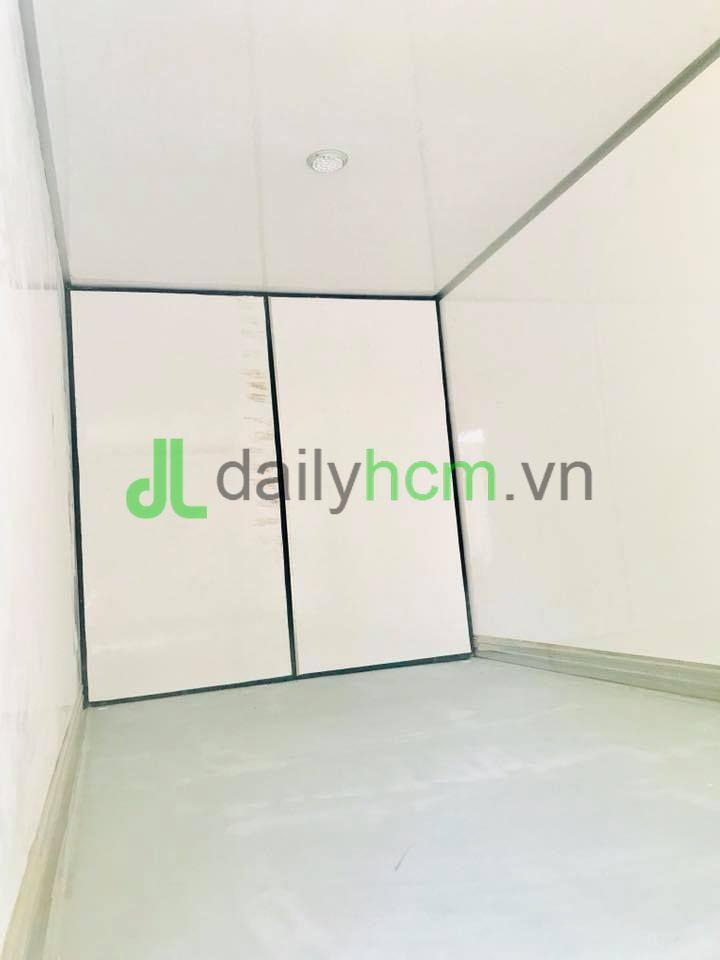 Cửa cửa Composite bên trong thùng xe Isuzu 5 tấn thùng đông lạnh