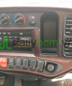 Radio, nút máy lạnh, quạt gió xe tải Hyundai