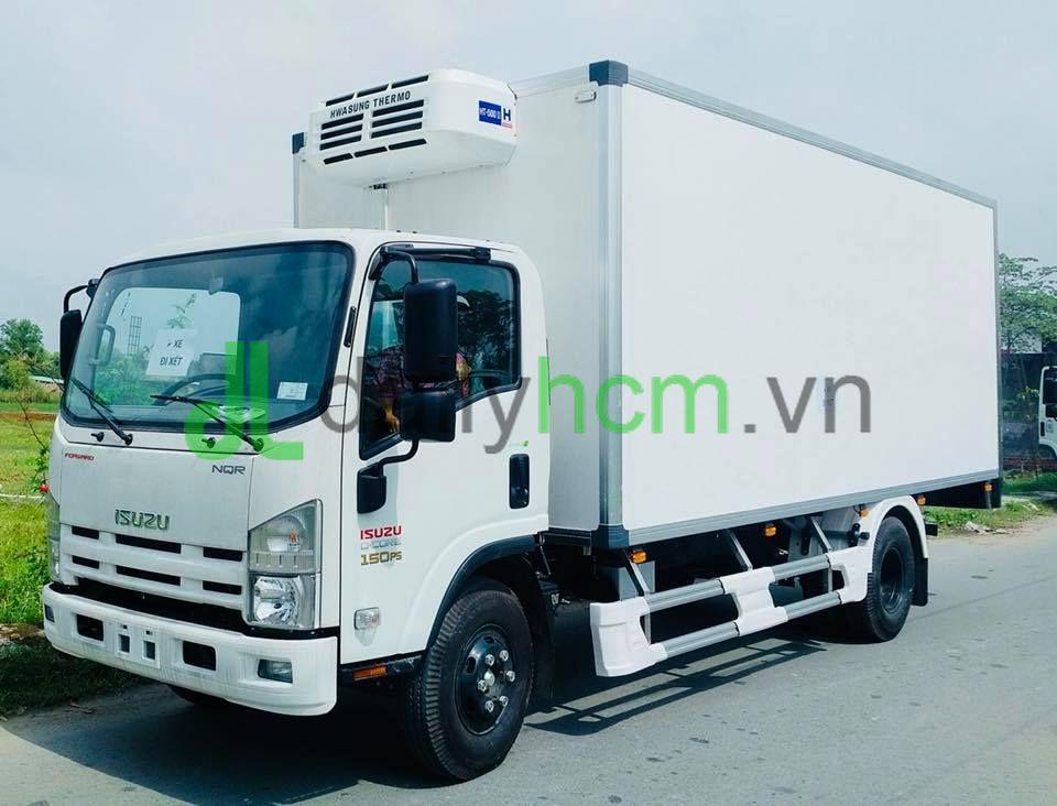 Tổng thể xe Isuzu 5 tấn thùng đông lạnh