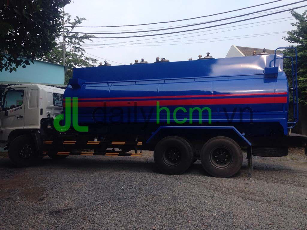 Tổng thể xe bồn chở xăng 20 khối Hino FL 6x2