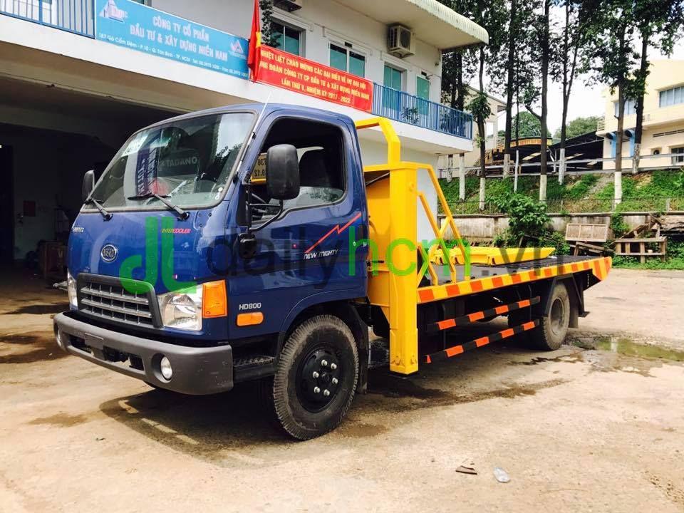 Xe Hyundai Veam HD800 chở xe máy chuyên dùng