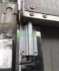Khóa bửng tự chế dùng lo xo xe tải 8 tấn thùng mui bạt Inox chở gạch