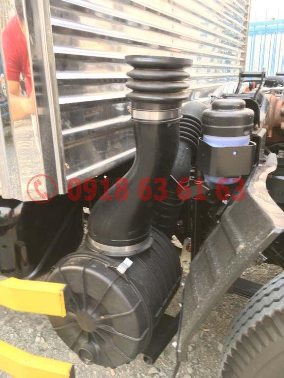 Bộ phận bô e lọc gió động cơ xe tải Isuzu Euro 4 4JH1E4NC dung tích 2.999cc 3.0cc