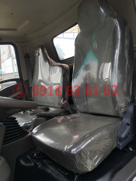 Nội thất ghế da Xe tải Teraco Tera 250 động cơ Hyundai