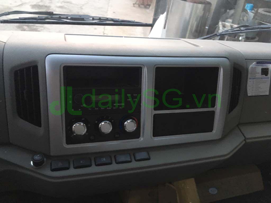 Nội thất Radio máy lạnh Xe tải Faw 8 tấn thùng mui bạt động cơ Hyundai D4DB
