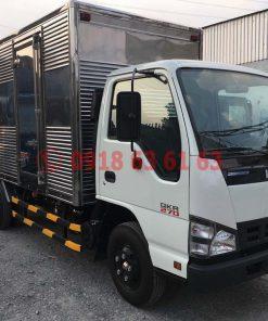 Xe tải isuzu thùng kín euro 4 QKR77HE4 góc nhìn tổng quát phía trước xe