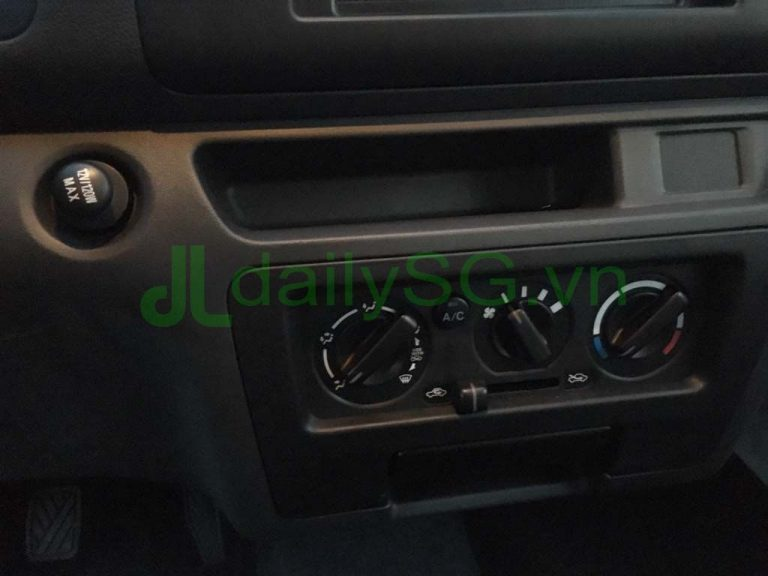 Nút điều khiển quạt gió, máy lạnh Xe tải Suzuki Carry Pro thùng kín Inox 750kg