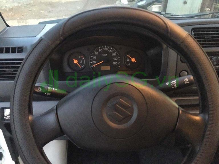 Vô lăng, đồng hồ taplo Xe tải Suzuki Carry Pro thùng kín Inox 750kg