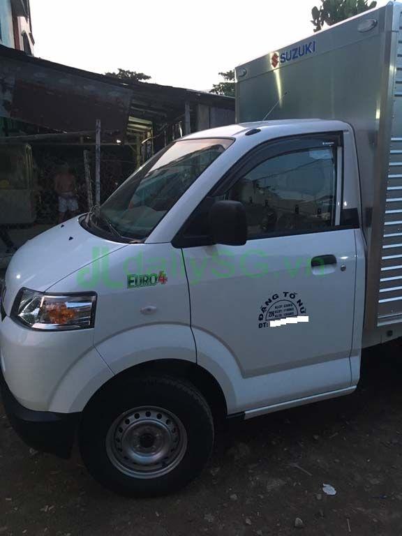 Cạnh cabin Xe tải Suzuki Carry Pro thùng kín Inox 750kg