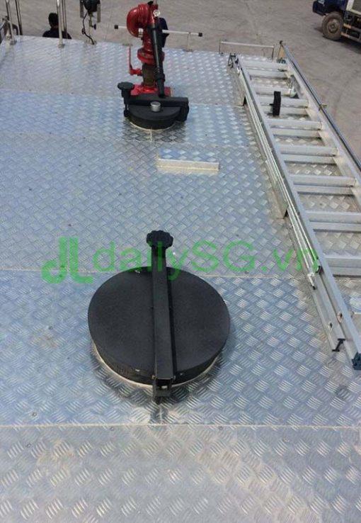 Nắp bồn chứa nước chứa bọt Xe PCCC chữa cháy Hino FG FGJJSB 6 khối bao gồm 5 khối nước và 1 khối bọt chữa cháy