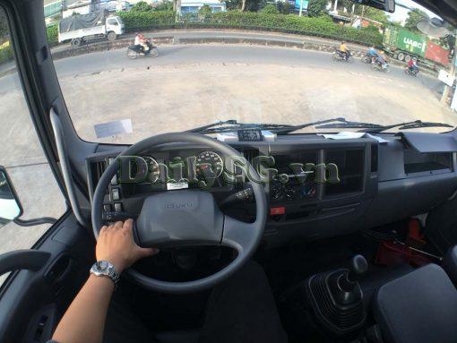 Bên trong cabin Xe tải Isuzu 8 tấn FVR Euro 4 FVR 900 thùng dài xe chính hãng Isuzu Vietnam