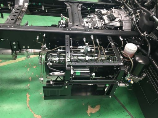 Bình khí nén Xe tải Isuzu FRR Euro 4 6t2 thùng kín inox nhà máy dài 6m6